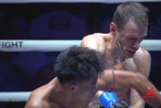 视频-被搏击拳手打三分钟是怎样的体验