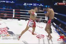 视频-一拳定乾坤!吴雪松KO对手跃入世界前十