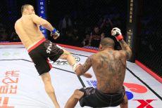 视频-散打沙皇转身后蹬秒杀UFC老将 为武术散打扬名立威