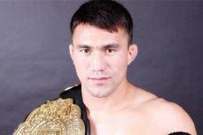 前UFC选手居马别克出战昆仑决北京站